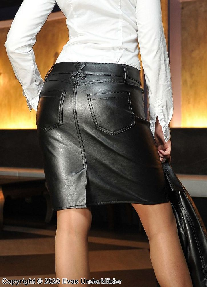 Elegant skirt, faux leather, pockets, back slit